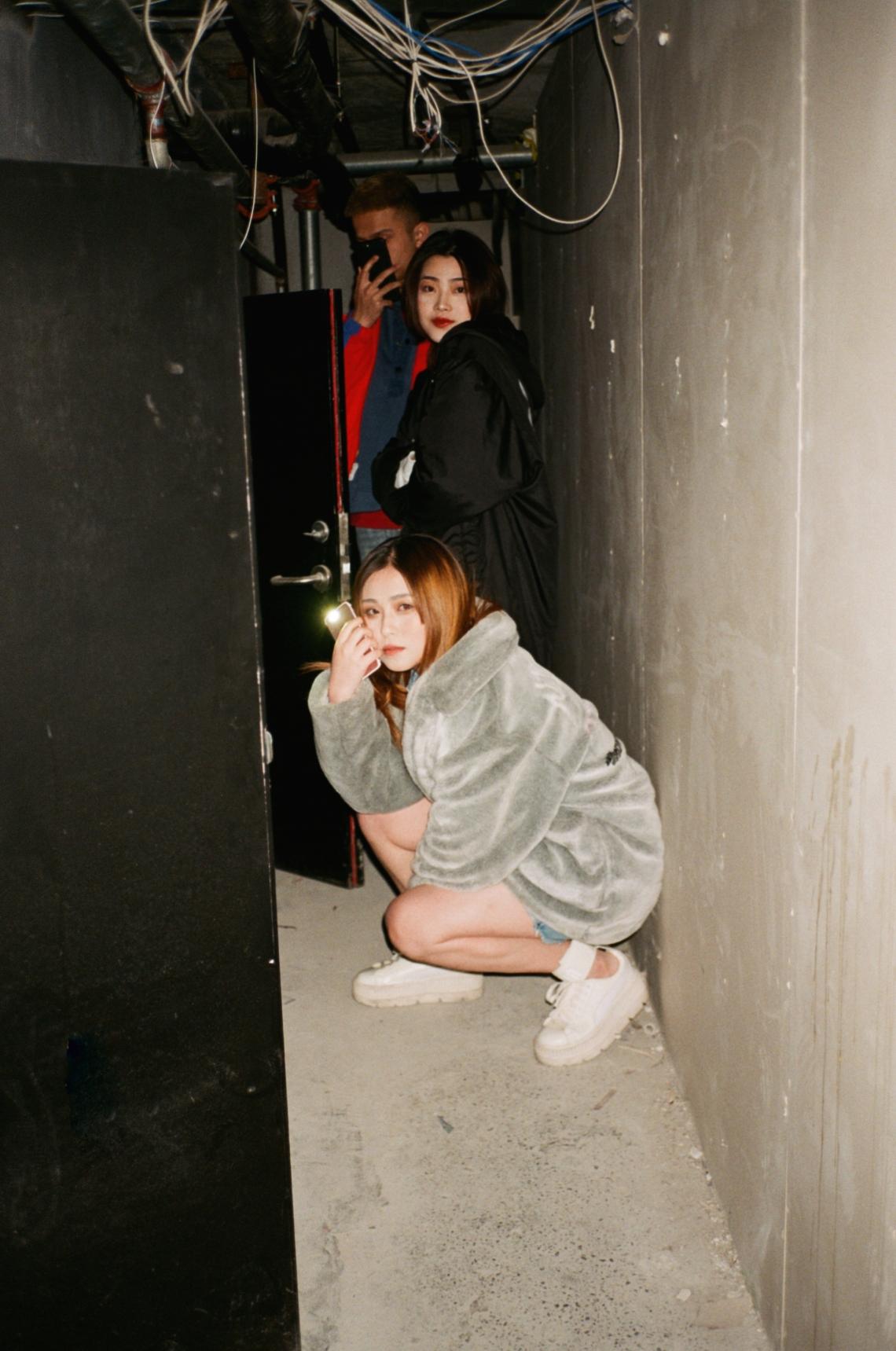 PU-Girl_Gaze_Tokyo_ZY-9