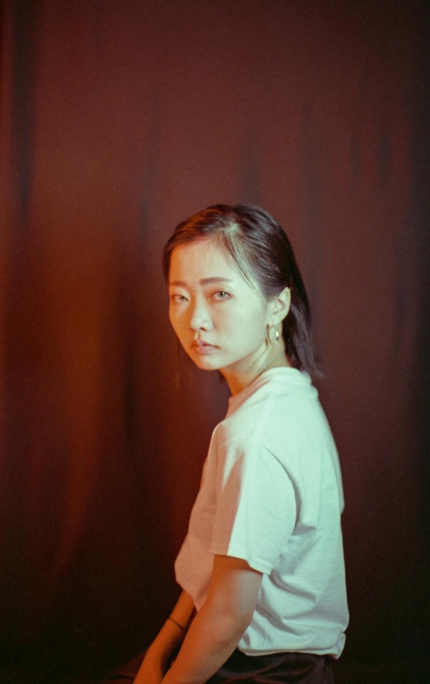 YEOJAMag-Girl_Gaze_Ivy-Photography-Pu_1