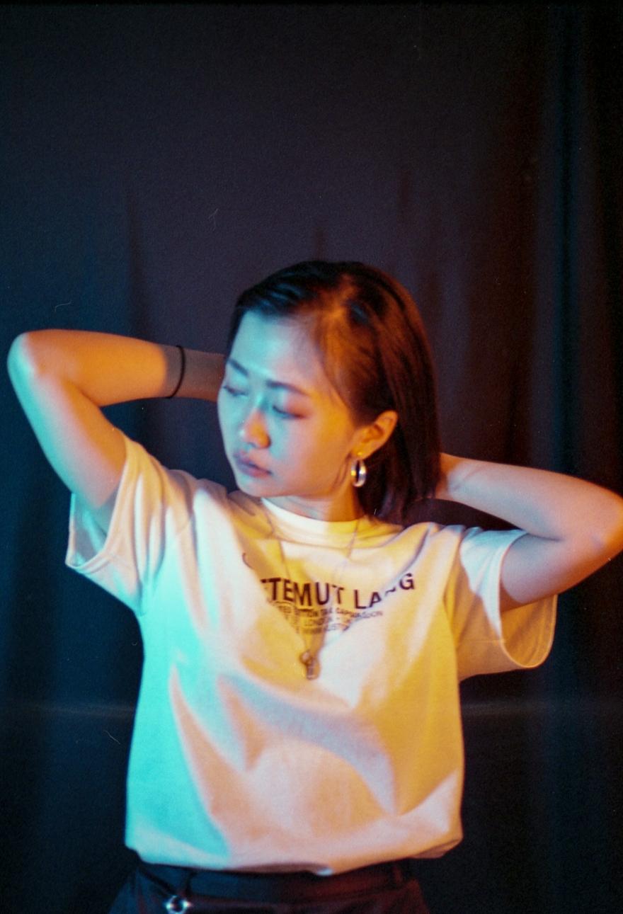 YEOJAMag-Girl_Gaze_Ivy-Photography-Pu_12